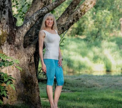 Certified Health and fitness coach  Jeannie Brown helps people get healthy and fit by coaching them to find a healthy lifestyle, one small habit at a time. Coaching can be in person or online via skype.